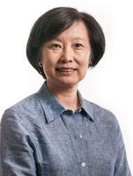Portrait of Weiyi Ding, RN, MD (China), LAc