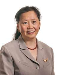 Portrait of Ying Wang, MS, MD (China), LAc