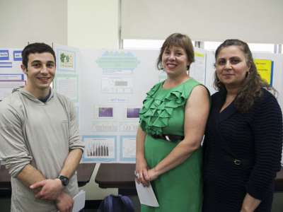 Student naturopathic medcine researchers: Travis Simpson, Michele Milligan and Jila Misaghi-Benabi.
