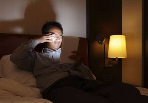 A recent study also found that the glow from electronic devices passes through the retina into a part of the hypothalamus that suppresses the sleep-inducing hormone, melatonin.