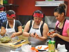 Students prepare their winning dish for Top Chef Bastyr