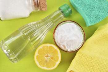 Sustainable Cleaning Supplies for the Kitchen