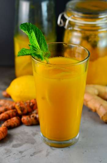 Turmeric anti-inflammation drink in glass
